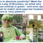 """بالصور: السيدة الخضراء .. """"إليزابيث"""" تكشف عن سر عشق الأخضر .. هكذا تحولت حياتها بأكملها لهذا اللون"""