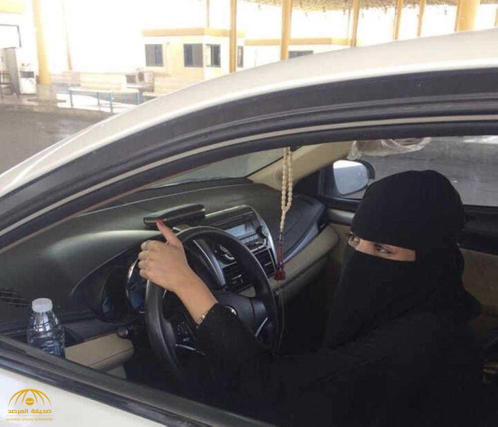 """مواطنة تعبر الحدود السعودية الأردنية بـ""""سيارتها""""!"""