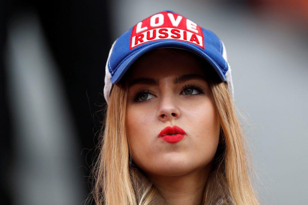 6080ced636be2 بالصور  أجمل مشجعات كأس العالم في روسيا .. و البولنديات يخطفن الأضواء