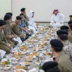 بالصور.. وزير الداخلية يستقبل قادة أمن العمرة ويشاركهم الإفطار