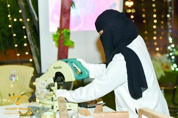 """""""أريج"""".. أول سعودية تمارس مهنة """"النجارة""""!"""