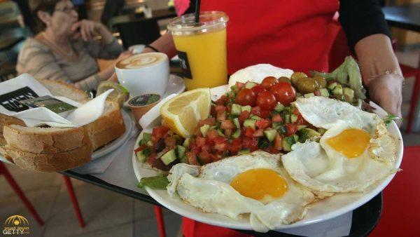 مفيد لمن يعانون انتفاخ الكرش.. كيف يمنحك البيض أفضل جسم تتمناه؟