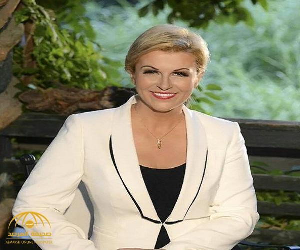 """بالصور..  من هي """"كوليندا"""" رئيسة كرواتيا الحسناء التي جذبت الأنظار في كأس العالم؟"""