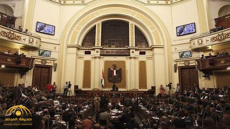 مصر.. فرض غرامة مالية على رجال الدين