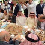 """بالصور : عرب """"وادي خالد"""" في لبنان يحتفون بزيارة القائم بأعمال سفير خادم الحرمين في بيروت .. وهذا ما قاله """"البخاري"""""""
