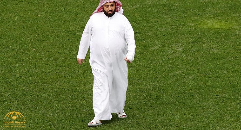 """بالفيديو.. هذا ما كشفه """"آل الشيخ"""" عن حقيقة انتقال لاعبي الأهلي إلى بيراميدز.. هذا ما نفعله مع أي لاعب نريده؟"""