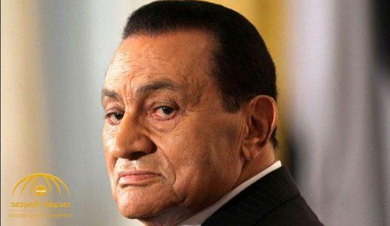 """أحدث صورة لـ""""مبارك"""" تصدم الجميع.. شاهد كيف أصبح بعدما تقدم في العمر وغاب عن الأضواء!"""