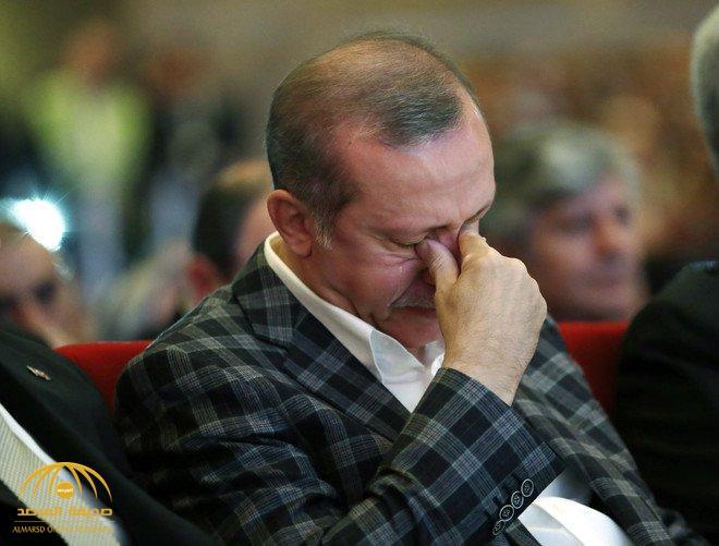 """سقوط حر لـ """"الليرة التركية"""" إلى مستويات قياسية.. وخبراء : أردوغان أطال أمد الخلاف مع أميركا لهذه الأسباب"""