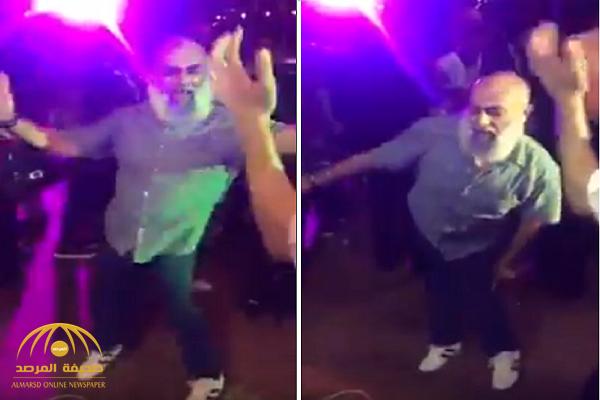 """شاهد.. مصري """"ملتحي"""" يرقص  في حفل زفاف ويثير جدلا واسعا على مواقع التواصل!"""