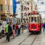 رغم انخفاض الليرة .. لماذا على المستثمرين تجنب العقارات في تركيا؟