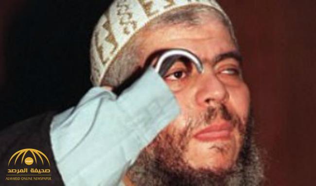 """من نوادي التعري إلى  الإرهاب .. حقائق""""مثيرة"""" عن الداعية البريطاني المعتقل أبو حمزة المصري تُكشف لأول مرة"""