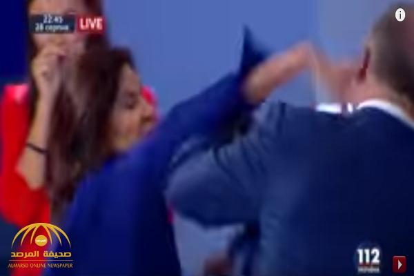 صفعة قوية على الهواء من نائبة أوكرانية تفقد وزير سابق أعصابه.. شاهد .. رد فعل الأخير!