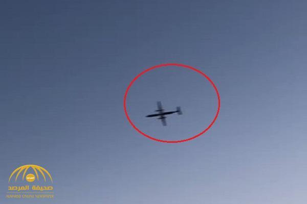 موظف في مطار سياتل يسرق طائرة ركاب ويسقط بها في البحر – فيديو