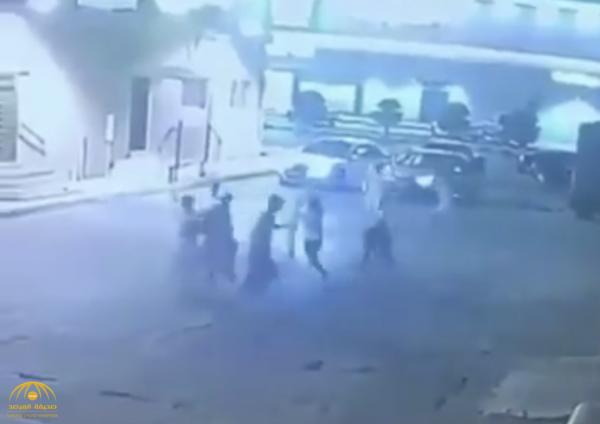 بالفيديو : مضاربة جماعية ودهس متعمد في الدوادمي