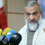 """أمام حشد من قوات """"البسيج"""" .. قيادي في الحرس الثوري الإيراني : نحن نواجه مشكلة اقتصادية ومالية حقيقية"""