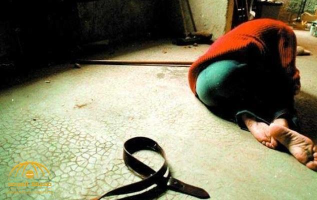 مصري يستغل غياب زوجته ويغتصب أطفالها الأربعة.. والتحريات تكشف دافع الجريمة!