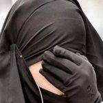"""رجل غاضب بـ""""مطار جدة"""" يتهم زوجته بالخيانة ويطلقها وسط ذهول المسافرين!"""