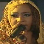 مطربة سودانية تتعرض للضرب عقب حفل غنائي