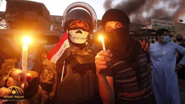 بعد حرق مقرات الأحزاب .. شاهد بالصور و الفيديو لحظة اقتحام عراقيون القنصلية الإيرانية في البصرة