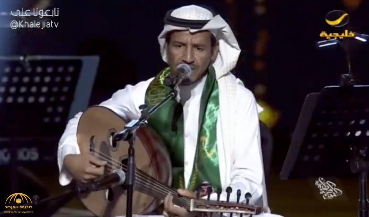 شاهد.. حفل الفنان خالد عبدالرحمن بمركز الملك فهد الثقافي بالرياض!
