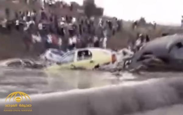 """60 دقيقة أمطار """"تغرق"""" مدينة جزائرية وتسقط ضحايا.. وفيديو يرصد الكارثة!"""
