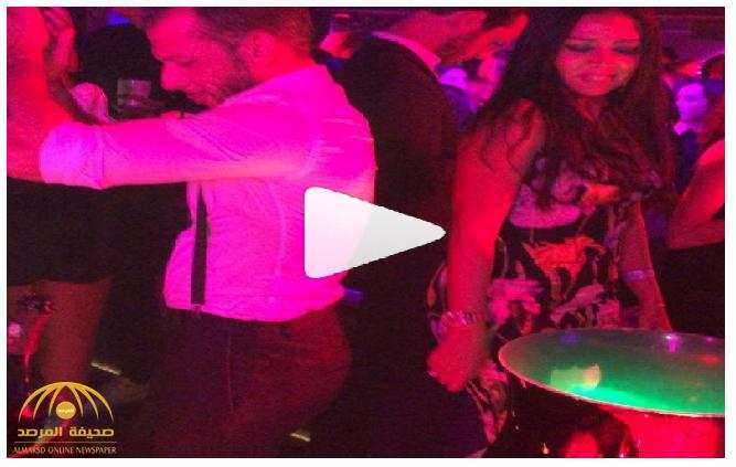 """بالفيديو : رانيا يوسف ترقص بملهى ليلي في فرنسا .. وجمهورها: """"البلدي يكسب في أي مكان"""""""