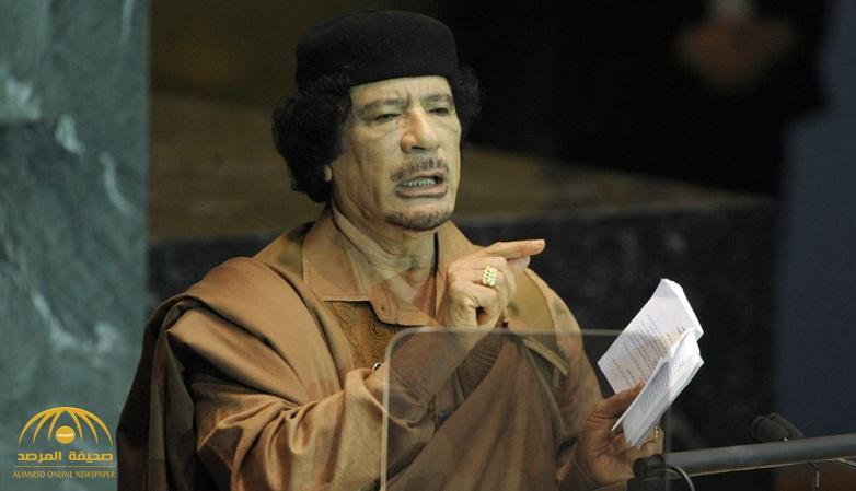 """غلطة كلفت """"القذافي"""" حياته .. هكذا عَلِمَ قتلته بمكانه"""