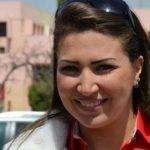 ظهور صادم للإعلامية إيمان عزالدين عقب تعرضها لحادث سير – صور