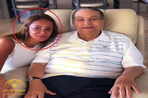 """صاحبة الصورة الأخيرة لمبارك تكشف كواليس التقاطها .. ولماذا قالت """"إنه أمر عار"""" ؟"""