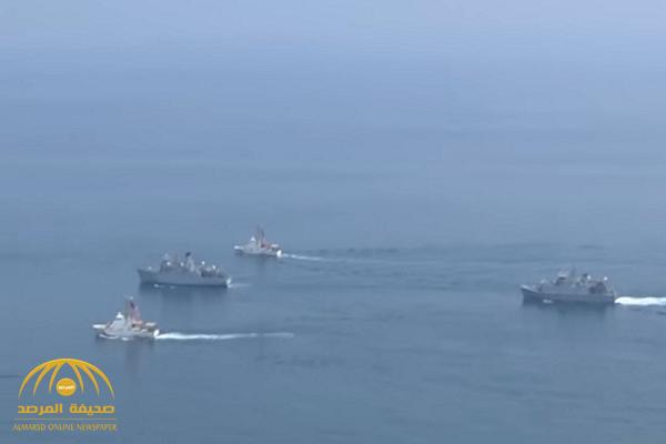 أمريكا وبريطانيا يوجهان رسالة عسكرية إلى إيران