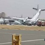 شاهد لحظة اصطدام طائرتين بمطار الخرطوم