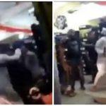 أخرج أصوات غريبة من فمه .. بالفيديو: مشاجرة بالأيدي بين شابين عمانيين وعمال هنود