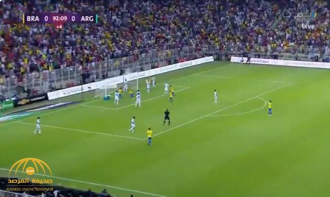 """بالفيديو : البرازيل تحسم بطولة """"سوبر كلاسيكو"""" بعد فوزها على الأرجنتين"""