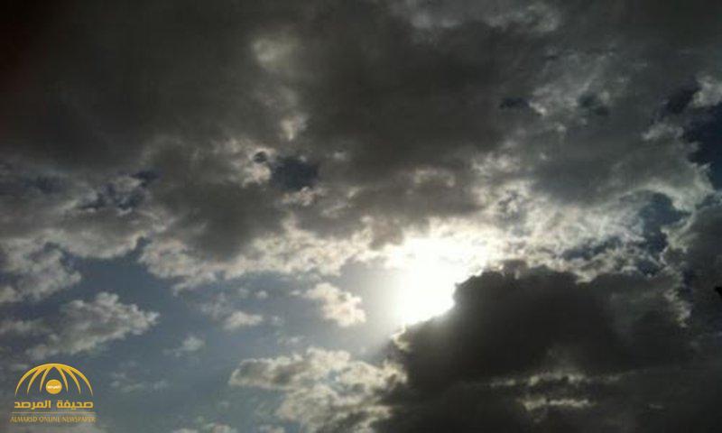 """""""الأرصاد"""": سماء غائمة وسحب رعدية ممطرة على هذه المناطق"""