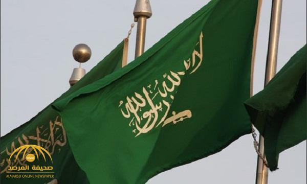 شاهد صورة نادرة تجمع الملك فيصل والملك عبدالله والملك سلمان والأمير سلطان أثناء جولة بالسيارة