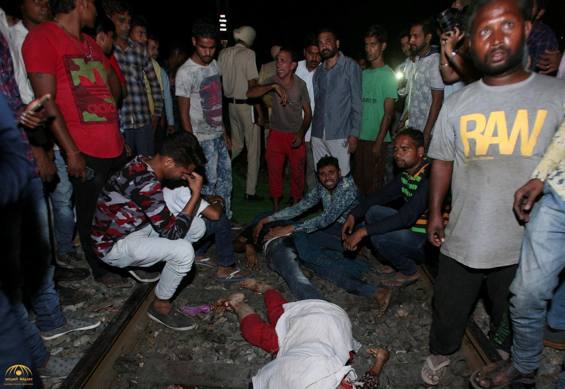 بالفيديو .. لحظة دهس قطار لـ 50 شخص في الهند خلال مهرجان للهندوس