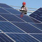 """""""الكهرباء"""" تعلن عن المقابل المالي لتوصيل الطاقة الشمسية"""