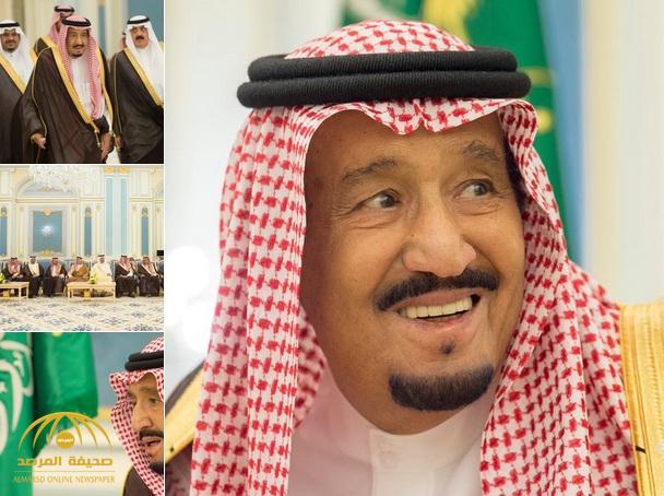 بالصور .. خادم الحرمين يستقبل الأمراء والمفتي والعلماء وجمعاً من المواطنين