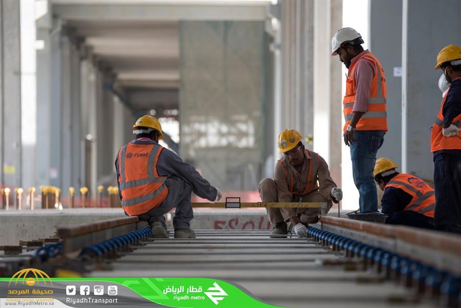 """شاهد .. نسبة إنجاز تركيب السكك الحديدية تصل لـ 91% بـ """"قطار الرياض"""""""