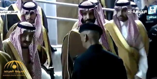 """شاهد .. صوت شاب يخترق أجواء حفل أهالي حائل """"يا محمد يا قلبي أنت"""""""