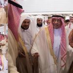 بالصور .. الأمير مقرن بن عبد العزيز يفتتح جامع والدته بالرياض بحضور آل الشيخ