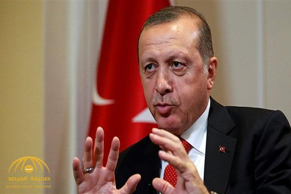 """بالفيديو: إعلامي مصري يكشف عن إصابة """"أردوغان"""" بمرض خطير!"""