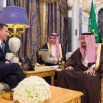 خادم الحرمين يستقبل وزير الخارجية البريطاني – صور