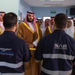بالصور .. ولي العهد يزور المعهد السعودي التقني للخطوط الحديدية ويلتقي الطلاب
