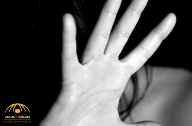 """المتهم خمسيني ويصطاد ضحاياه برصد حالات الخلوة.. محاكمة مغتصب """"فتاتي جدة"""" اليوم!"""