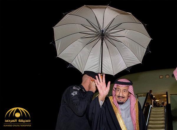 بالصور: خادم الحرمين يغادر الرياض متوجها للقصيم