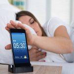 إحذر ! قد تكون ضحية لهاتفك الذكي أثناء نومك