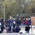 """شاهد .. إطلاق نار داخل جامعة """"البترا"""" في الأردن خلال مشاجرة بالأسلحة النارية"""
