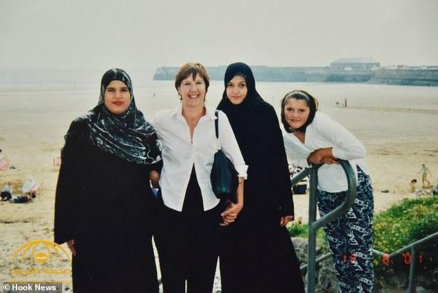 بالصور: بعد 32 عاما من الحرمان.. الأم البريطانية تصل لبناتها و تروي  قصة اختطافهن المثيرة على يد الأب اليمني!