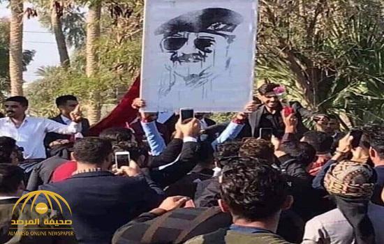 شاهد.. صدام حسين يعود للواجهة من جديد في جامعة الأنبار.. وهذا ما فعله الطلاب في ذكرى رحيله!